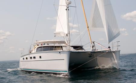 Gabridash catamaran sailing